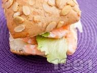 Сандвич със скариди и сирене Крема